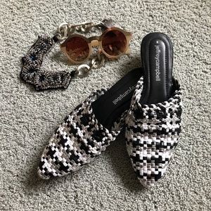 JEFFREE CAMPBELL black white woven mule sides 8
